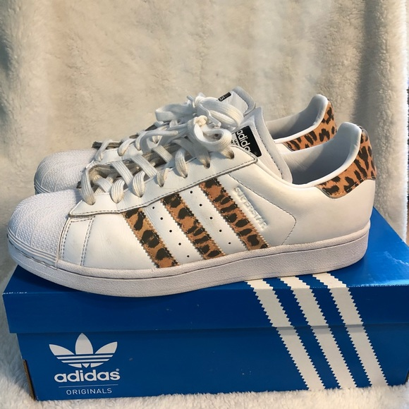 more photos 783ac 677ce Adidas Superstar- Leopard Print
